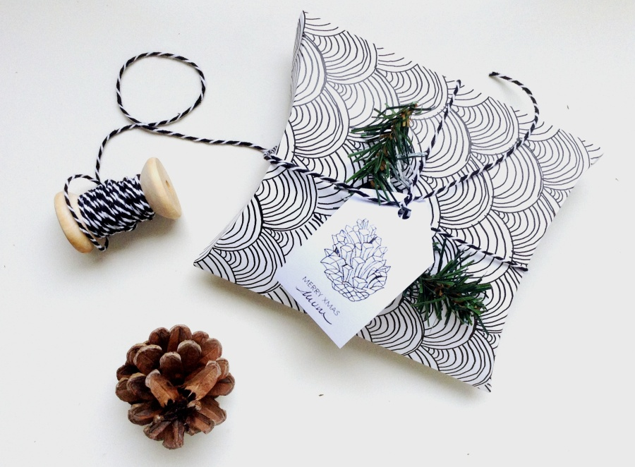 XMAS DIY # Wrapping Part I : Nature, Verdure & Pommes de pin